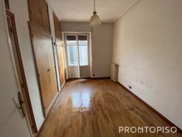 Casa - Chalet en venta en Valladolid de 127 m2 photo 0