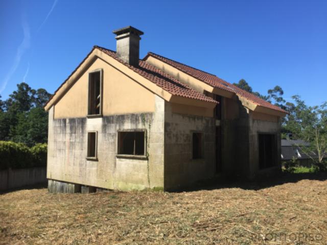 Casa - Chalet en venta en PORRIÑO de 247 m2 photo 0