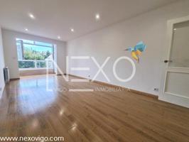 Apartamento en Alcabre photo 0