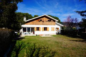 Casa En venta en Lozoya photo 0