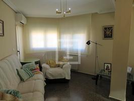 Piso de cuatro dormitorios en San Pablo, Con opción a garaje photo 0
