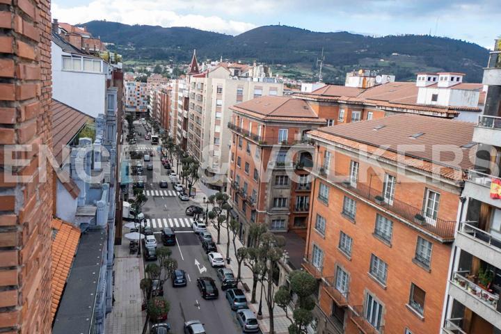 Piso En venta en Avenida De Galicia, Centro-Casco Histórico, Oviedo photo 0