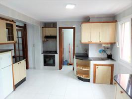 Apartamento económico en el pueblo de Vimianzo, A Coruña. photo 0