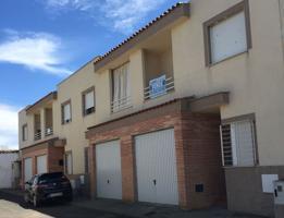 Unifamiliar Pareada En venta en Granados, Cañada De Calatrava photo 0