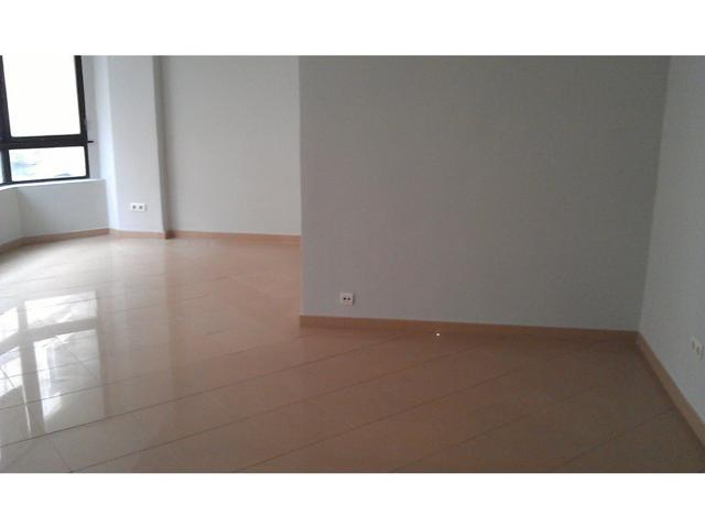 Piso de 4 dormitorios céntrico photo 0