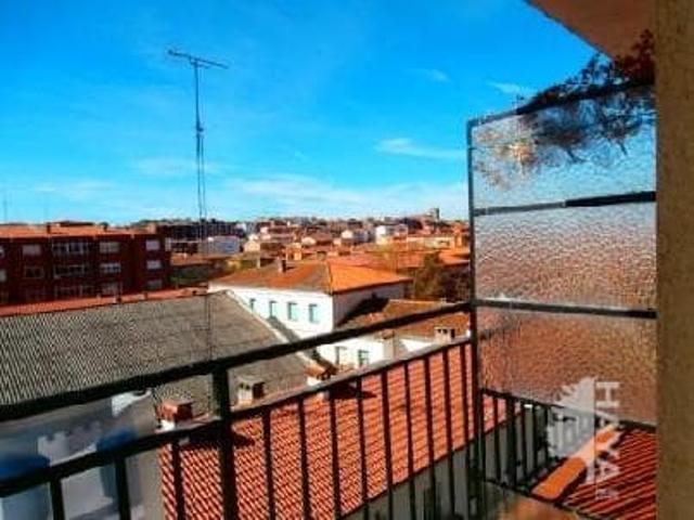 Piso en venta en Ávila de 55 m2 photo 0