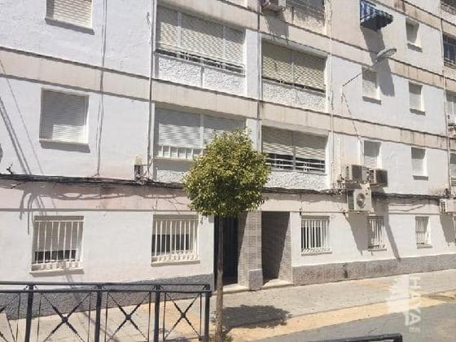 Piso en venta en Huelva de 73 m2 photo 0