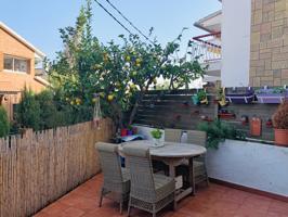 Casa En venta en Calle Carrer Dels Clavells, 6, Alella photo 0