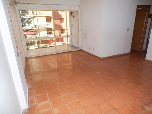 ¡REBAJADO! Amplio piso en venta de 3 dormitorios y terraza en la zona de Arroyo de los Ángeles, Málaga – M108A photo 0