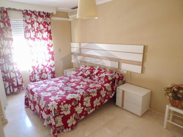 Fantástico piso de 2 dormitorios con plaza de garaje en la zona de Suarez, Málaga – M150A  photo 0