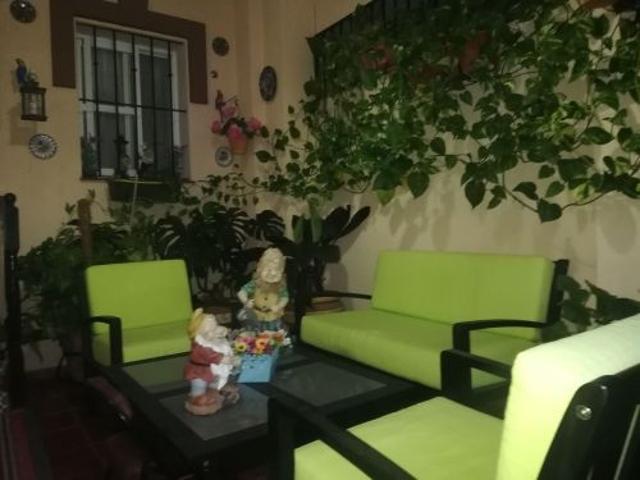 Casa En venta en La Puebla Del Río photo 0