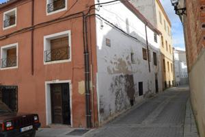 Casa - Chalet en venta en Huete de 150 m2 photo 0