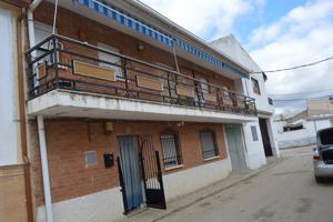 Casa Rústica en venta en Rozalén del Monte de 190 m2 photo 0