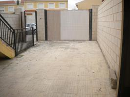 Casa - Chalet en venta en Montalbo de 175 m2 photo 0