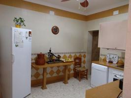Casa en venta en La Lantejuela, 5 dormitorios. photo 0