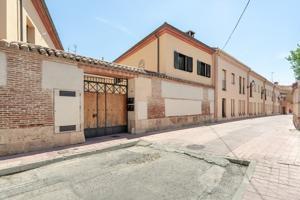 Ocasión en Casco Histórico, edificio totalmente reformado con materiales de primera calidad, perfecta para entrar a vivir. photo 0
