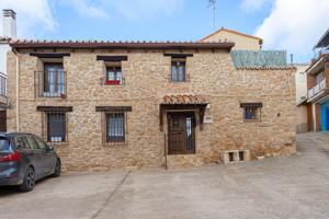 Casa En venta en Calle San Roque, Valdepeñas De La Sierra photo 0