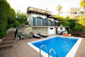 Casa En venta en Santa María De Llorell, Tossa De Mar photo 0