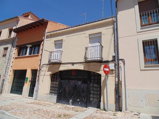 Casa - Chalet en venta en Ávila de 84 m2 photo 0