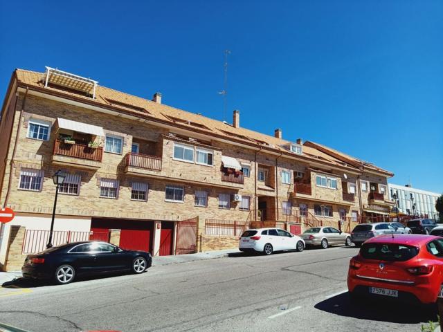 Piso dúplex en venta en calle Andalucía , zona castañera en Arroyomolinos photo 0