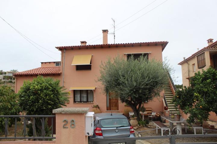casa con 2 viviendas en Roda de Bara photo 0