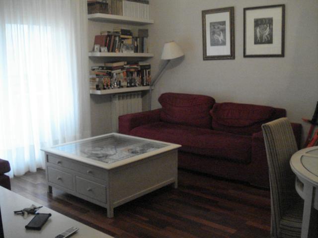 Piso 2 habitaciones en calle Cabestany, céntrico, tranquilo, y muy luminoso photo 0
