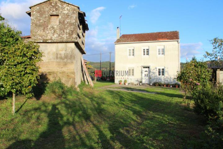Casa - Chalet en venta en Val do Dubra de 182 m2 photo 0