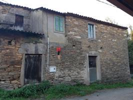 Casa - Chalet en venta en O Pino de 180 m2 photo 0