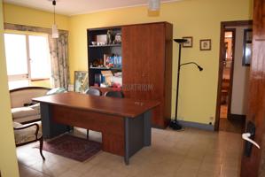 Piso en venta en Santiago de Compostela de 75 m2 photo 0