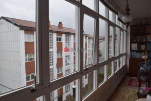 Piso en venta en Santiago de Compostela de 90 m2 photo 0
