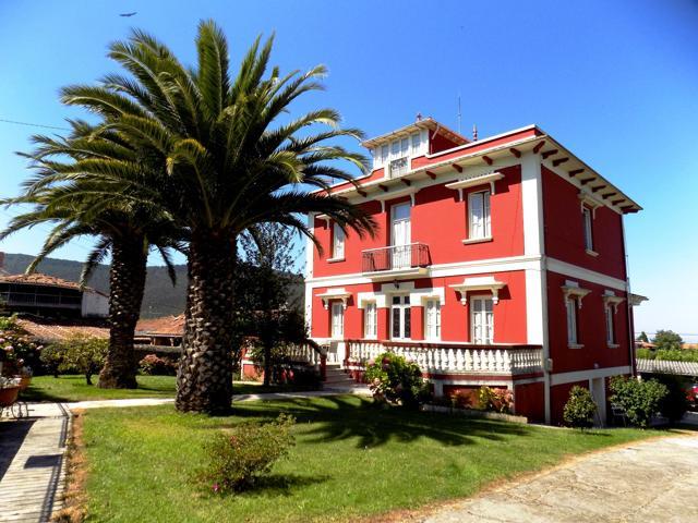 Villa En venta en Pravia photo 0