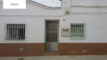 CASA DE PUEBLO EN PLANTA BAJA  EN EL CENTRO DE VILLALGORDO DEL JUCAR photo 0