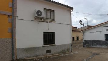 Casa - Chalet en venta en La Granja de 58 m2 photo 0
