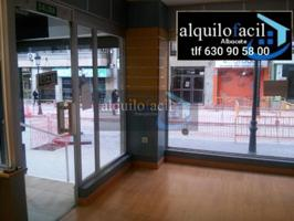 SE ALQUILA LOCAL- 160 METROS- ALBARDEROS- 800 € photo 0