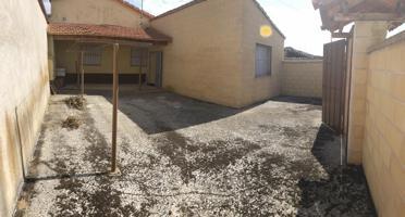 Casa en venta en Pedrosillo de Alba photo 0