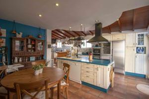 Casa - Chalet en venta en Candelaria de 161 m2 photo 0