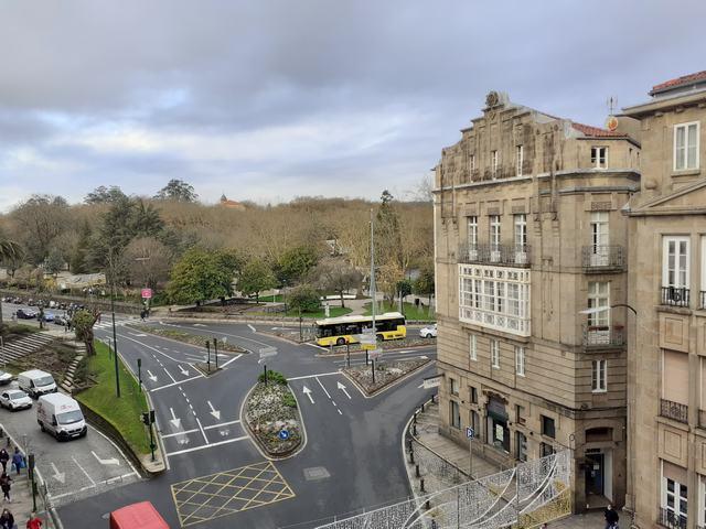 Haz tu visita virtual!! Azabache vende amplio piso en el corazón de Santiago de Compostela. photo 0