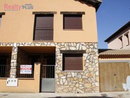 Villa En venta en Fresno De Cantespino photo 0