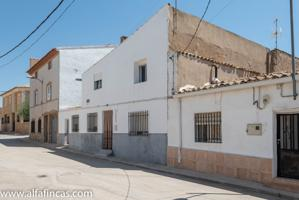 Casa En venta en Calle Cristo, 10, Honrubia photo 0