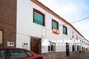 Casa En venta en Calle Soldado Víctor López, 9, El Provencio photo 0