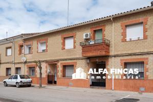 Casa En venta en Avenida De La Cultura, 10, La Alberca De Záncara photo 0