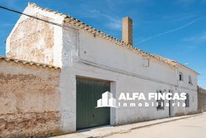 Casa En venta en Calle Pedralta, 12, Casas De Los Pinos photo 0