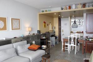 Precioso apartamento completamente reformado de un dormitorio con espectaculares vistas al mar. photo 0