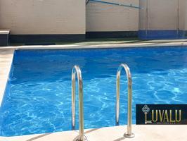 Apartamento céntrico con piscina, garaje y trastero photo 0