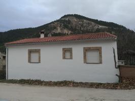 Se vende Casa en Tolosa (Alcalá del Júcar) photo 0