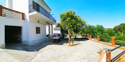 Casa En venta en Sant Llorenç Savall photo 0