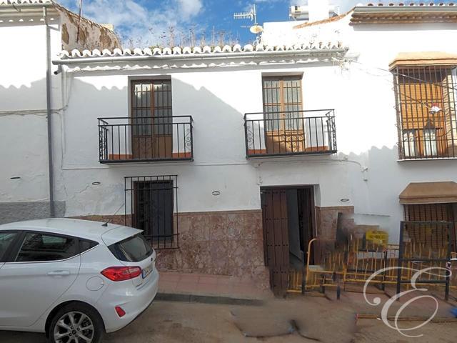 Casa - Chalet en venta en Casabermeja de 200 m2 photo 0