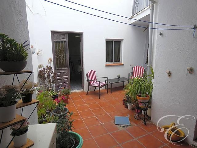 Casa - Chalet en venta en Riogordo de 128 m2 photo 0