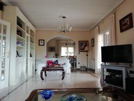 Casa en venta en Olías del Rey photo 0