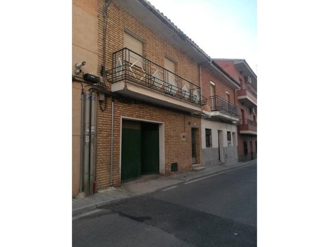 Casa en venta en Santa Bárbara-Santa María de Benquerencia photo 0